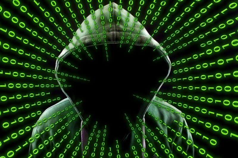 フリーwi-fiで通信内容を盗み見されている?